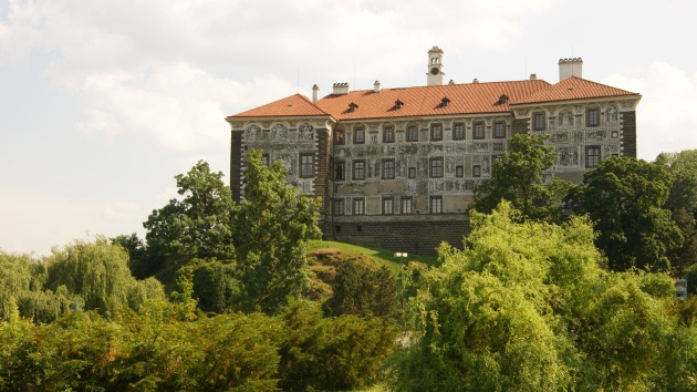 Nelahozeves: château and Dvořák's birthplace