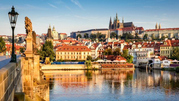 Large city tour of Prague – all inclusive