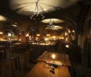 Mittelalterliches Abendessen und Schloss Jettenitz