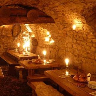 Mittelalterliches Abendessen