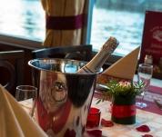 Valentýnská plavba Prahou
